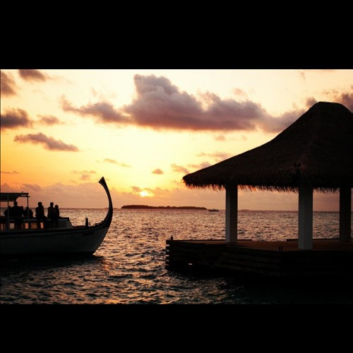 #dhoni #sunset #photooftheday #maldives (Taken with instagram)