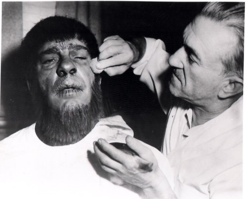 beautyandterrordance:  Jack Pierce turning Lon Chaney Jr. into a werewolf.