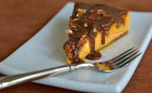 fattiesdelight:  Pumpkin Cheesecake with Gingersnap Crust and Maple Caramel Sauce