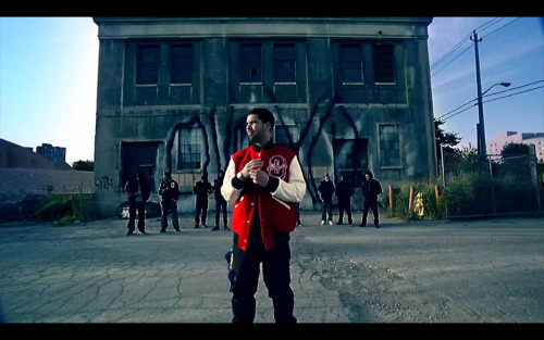 ovoxo-fans:  The Weeknd Was In The Headlines Video ….He's On The Right End