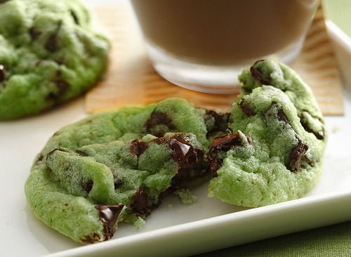 wearebarebones:  Mint Chocolate Chip Cookies Recipe (by Betty Crocker Recipes)