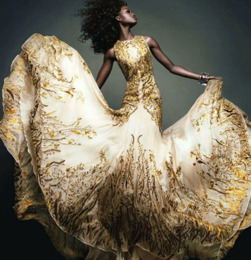 Nyasha Matohondze photographed for Vogue Japan, November 2011. (Image via Fashionising)