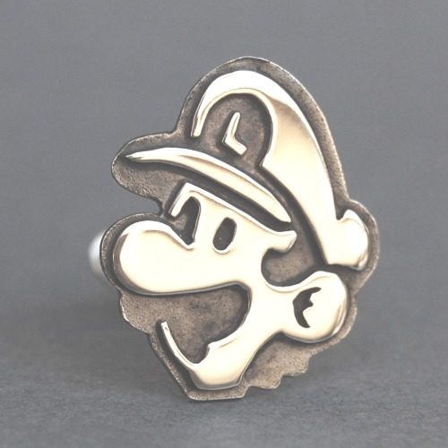 Want. it8bit:  Mario and Luigi Cufflinks in Sterling Silver Created by mrbeaujangles Available on Etsy