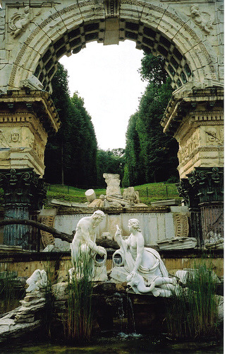 Schonbrunn Ruins. Vienna (by richardr)