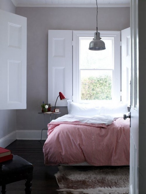 soft bedding + large windows (via pinterest)