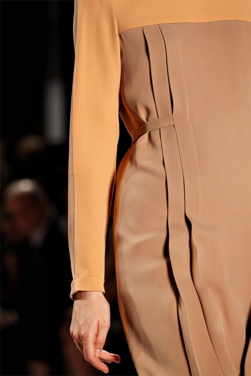 fashion-ocd:  Akris Spring 2012 Details
