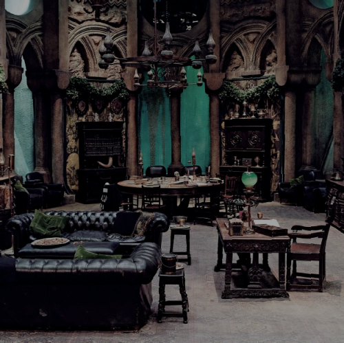 impromptulobotomy:  professor-snape:  Slytherin Common Room