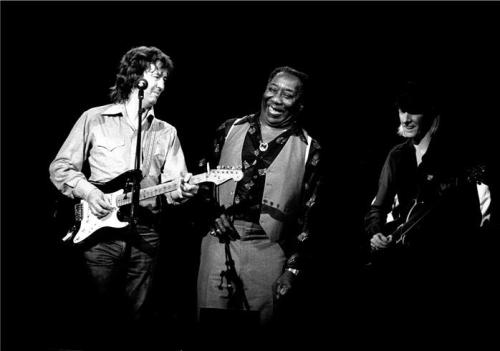 awesomepeoplehangingouttogether:  Eric Clapton, Muddy Waters and Johnny Winter.