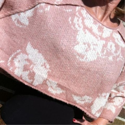 #freepeople #sweater vintage inspired design..two colors available at #ootra 1-312-852-7500 (Taken with Pose)