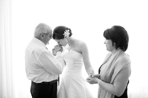 lacedinweddings:  A must-have candid shot with mom and dad. Make sure to include them as much as possible.  It is hard for them to see you grow up and they could easily feel left out.  Even asking for the smallest piece of advice goes a long way.