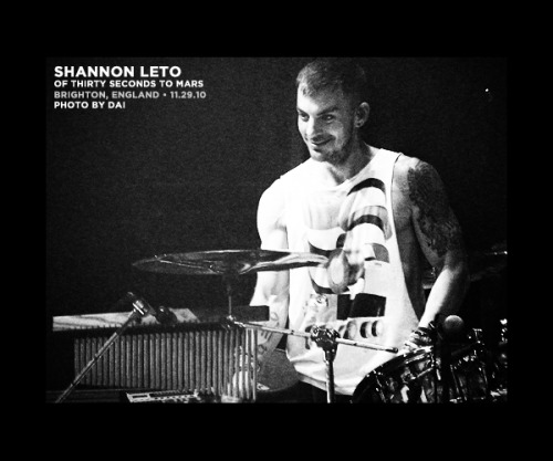 shan: brighton, england @ brighton centre (11.29.10)   • since we're apparently all about smiley photos today, might as well add a pinch of shan to the mix. :] ♪ thirtysecondstomars.com @ 30secondstomars@ shannonleto