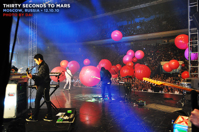 mars: moscow, russia@ olympisky stadium (12.10.10) • i just have to say… it was a lot of people. a. lot. ♪ thirtysecondstomars.com@ 30secondstomars