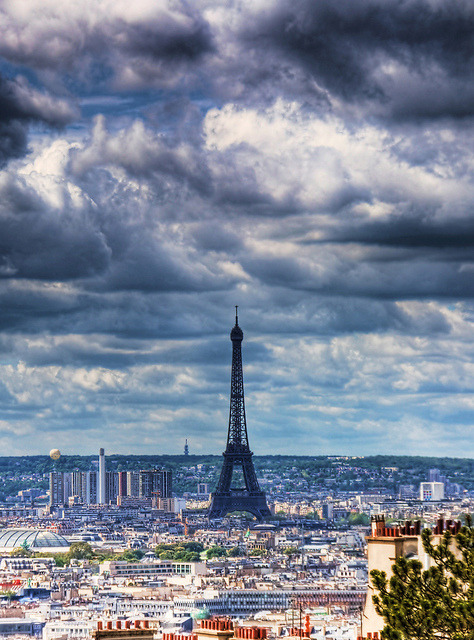 Eiffel Tower from Sacre Coeur by Jim Boud on Flickr.