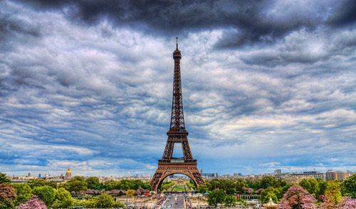The Eiffel Tower by Jim Boud on Flickr.