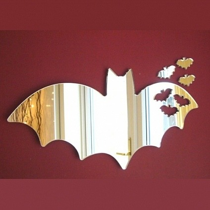 baturday:  Bat Mirror