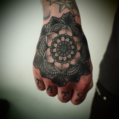 ahoyhoyyy:  Guy Le Tattooer