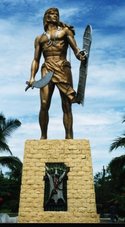 warfuckingchief:  Lapu-Lapu (1491–1542) was the ruler of Mactan, an island in the Visayas, Philippines,  who is known as the first native of the archipelago to have resisted  the Spanish colonization. He is now regarded as the first Filipino hero. On the morning of April 27, 1521, Lapu-Lapu led 1,500 Mactan warriors armed with barong, spears, kampilan and kalasag, in a battle against Portuguese explorer and conquistador Ferdinand Magellan who led a force of 49 Christian soldiers armed with guns in what would later be known as the Battle of Mactan. During the battle Magellan and several of his men were killed.  Happy Filipino American History Month! Here's a hot bronze dude!