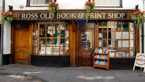 bookoasis:  Ross Old Book & Print Shop, secondhand and antiquarian bookshop in Ross-on-Wye, Herefordshire, UK. Photo by lkeltner
