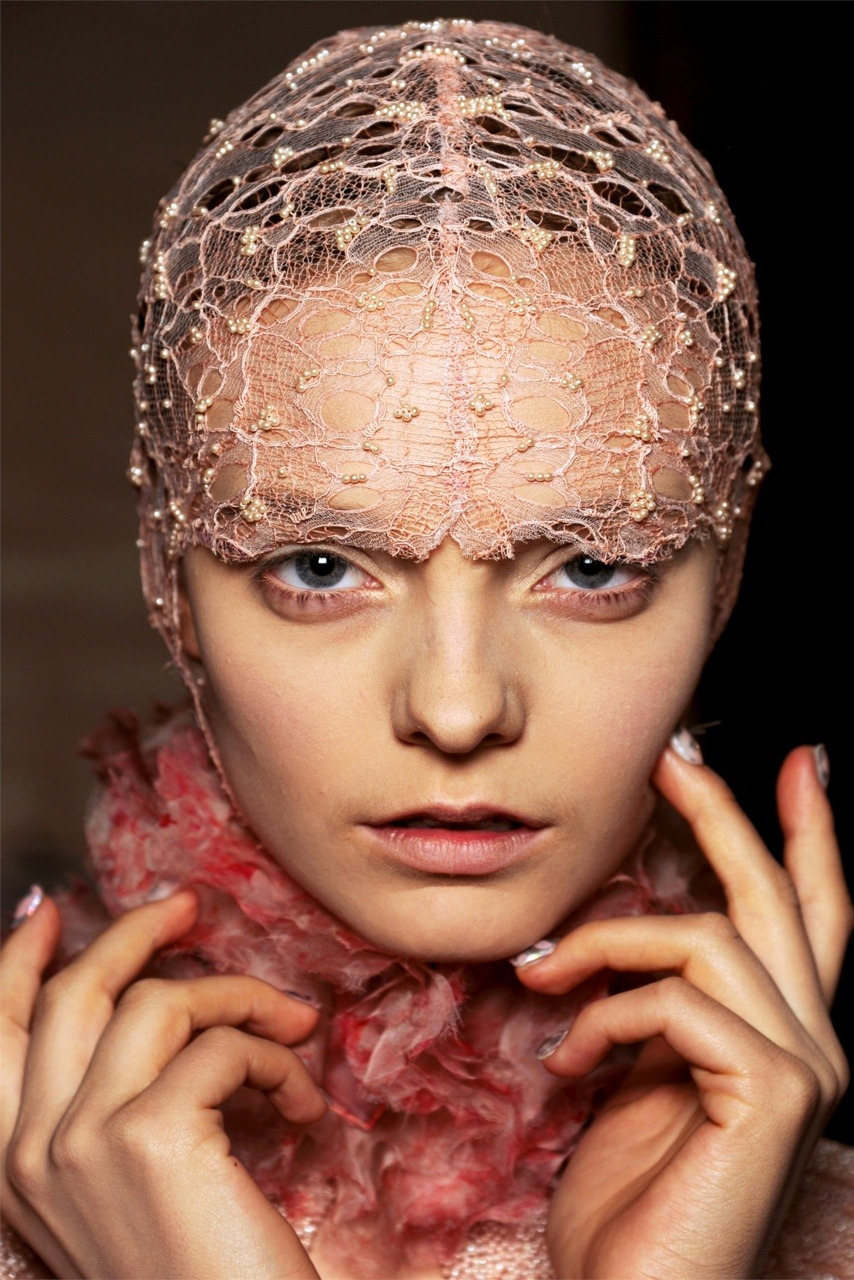 Alexander McQueen Women's Ready-To-Wear Spring/Summer 2012 Collection