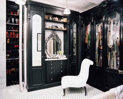(via Song of Style: Killer Closets According to Lonny)