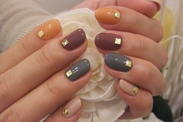 liv2luvnails:  wonderful fall colors!! sugarcoatednails:  Via Nailpop