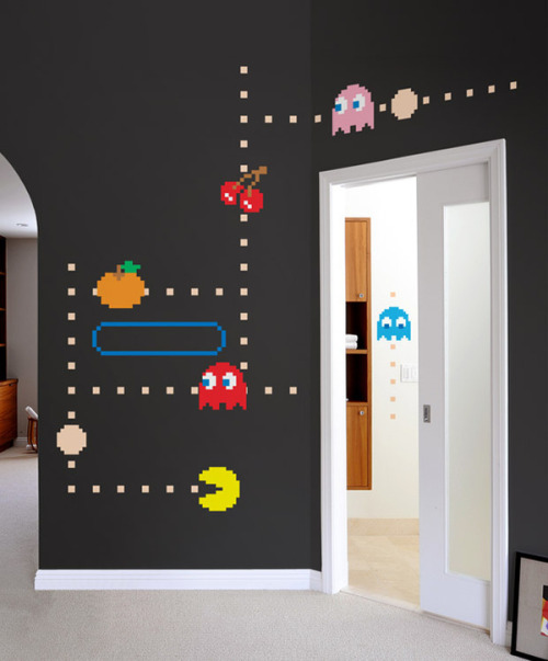 insanelygaming:  Chomp! Pac-Man NOMS Into Blink - by Blik Surface Graphics