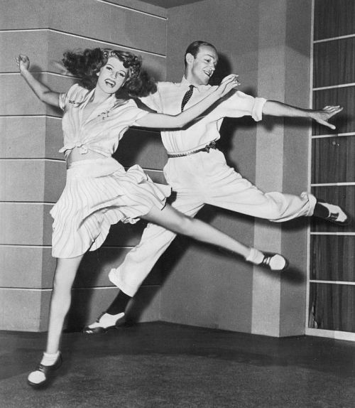 forlovelyritahayworth:  Rita Hayworth and Fred Astaire