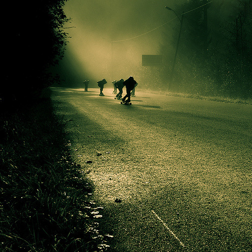 thisislongboarding:  Longboarders II (by Zen Roxy) this is by far my favourite longboarding picture - farhiie