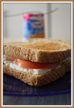 QUICK LUNCH Feta Cheese and Tomato Sandwich - 198 Yoplait Yogurt - 100