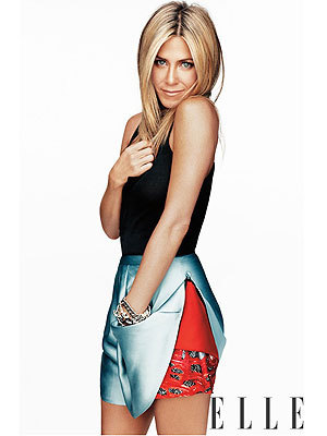 Jennifer Aniston graces the November cover of ELLE Magazine, Women in Hollywood issue.