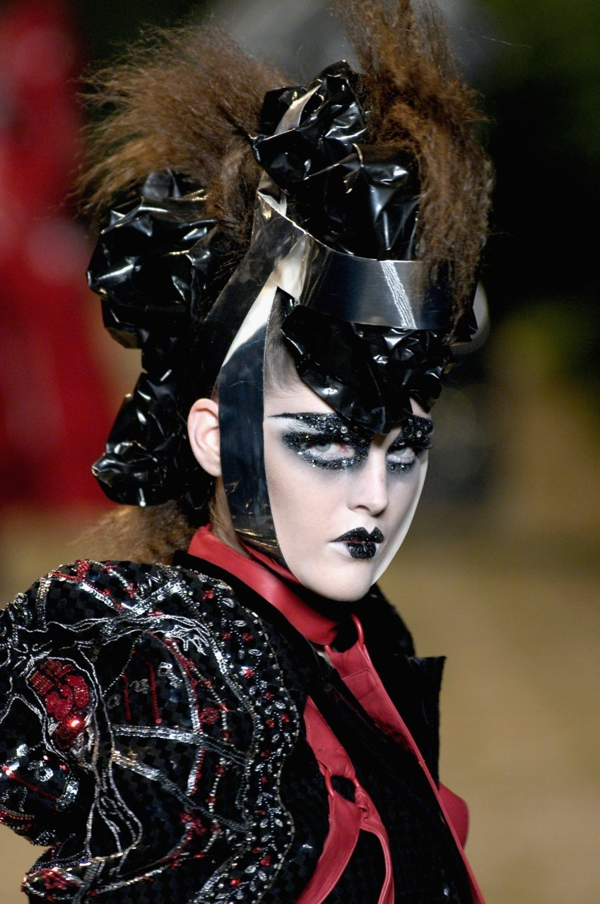seaborder:  John Galliano for Christian Dior Haute Couture FW 2006-2007
