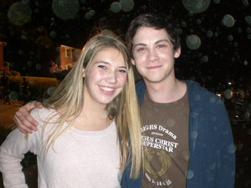 just-a-bit-of-liquid-luck:  I CAN FIND SO MANY LOVELY PICTURES OF LOGAN LERMAN ON FACEBOOK THANKS TO PERKS