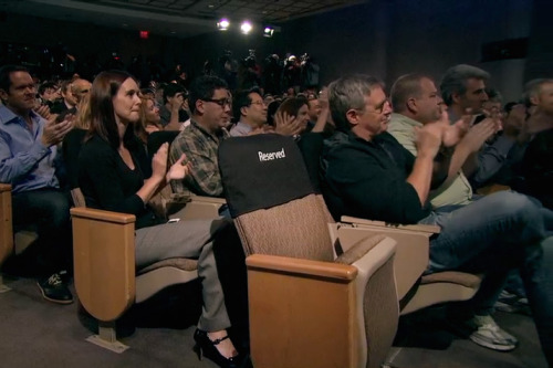buzzfeed:  willw:  From yesterday's keynote.  Steve Jobs' empty chair at yesterday's Apple keynote.