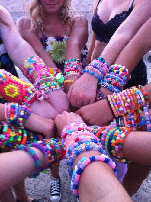 jussstathought:  My Rave Family <3