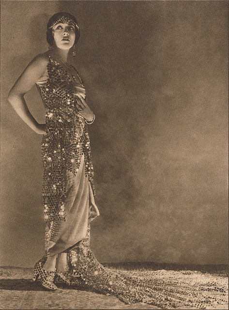 theloudestvoice:  Gloria Swanson, portrait scanned from Photoplay magazine, April 1923    That's a fine armadillo of a dress.