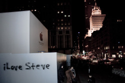 'iLove Steve' graffiti. apple store. 5th ave. nyc.