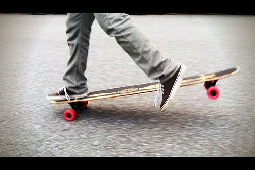 thisislongboarding:  Fan Uploaded Photo (by velozdh)