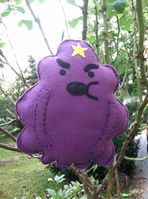 LSP is all done! She's about 10 inches tall. Onto the next princess, I suppose! (It's very easy to make someone float in the air. Just stick them to a rose bush.)
