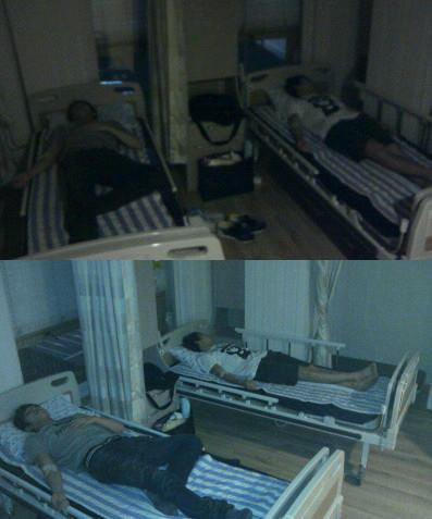 "(UKISS) MAKNAE AND LEADER ON THE HOSPITAL … :""""'( MAYBE THEY ARE TIRED :( PLS. GET WELL SOON… FIGHTING!~~~ THEY ARE SICK BECAUSE OF TIREDNESS BUT STILL THEY DON GET THE 1ST PLACE :""""""("