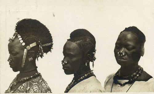 Upper Volta :: Kado Women (Happy Birthday Tamar-Kali!)