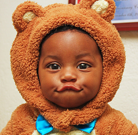 afromodisch:  i am dying from how frigging adorable this little sugar bear is!  big, brown eyes!