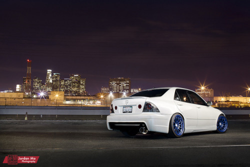 jordanmophotography:  http://www.flickr.com/photos/jdm_shots/6216523832/