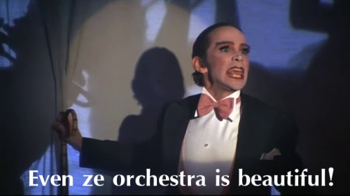 """Even ze orchestra is beautiful!"" Cabaret (1972) directed by Bob Fosse, starring Liza Minnelli, Michael York and Joel Grey."