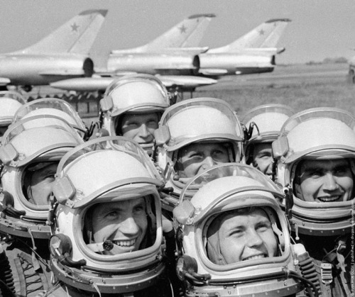 Military pilots at the airfield, 1970.