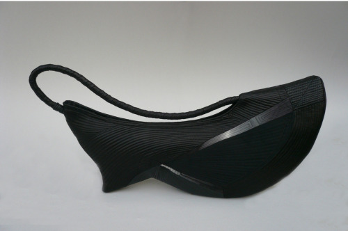 Takeda Asayo: Sculpturesque Purse, 2009, Cotton, leather / Keiko Gallery - Japanese artists
