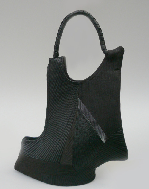 Takeda Asayo: Sculpturesque Purse, 2008, Cotton, leather, lacquer / Keiko Gallery - Japanese artists