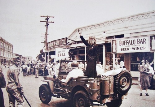 Lucille Ball in the Parade of Stars during a nation-wide tour in an effort to increase war bond sales, September 22, 1943.