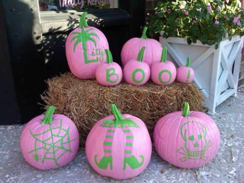 lemonadeandivy:  you might be a preppy if… all of your pumpkins are pink & green!