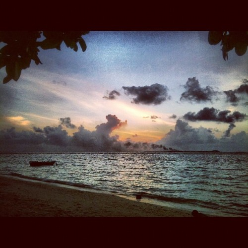 #sunset #beach #Villingili #Maldives  (Taken with Instagram at Villingili)