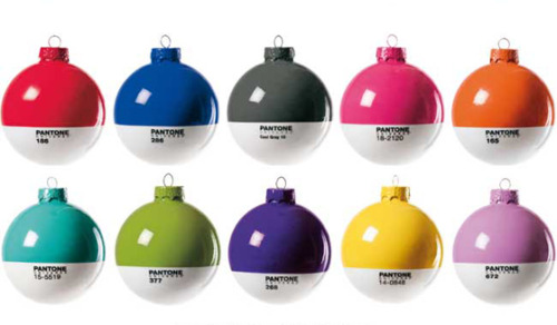 cabbagerose:  Pantone Christmas Balls via: designcrush  Want for Christmas.